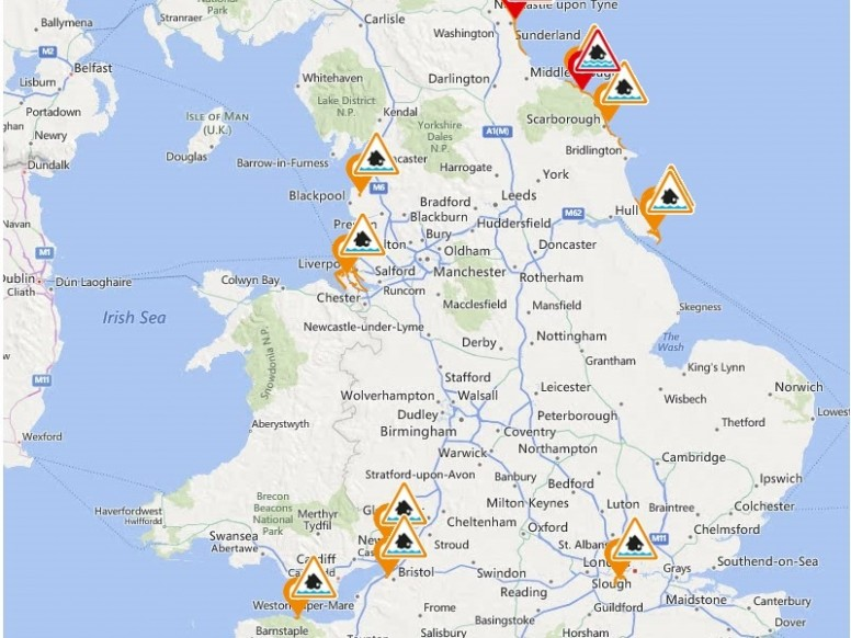 'Supertides' raise flood alerts in London and around UK
